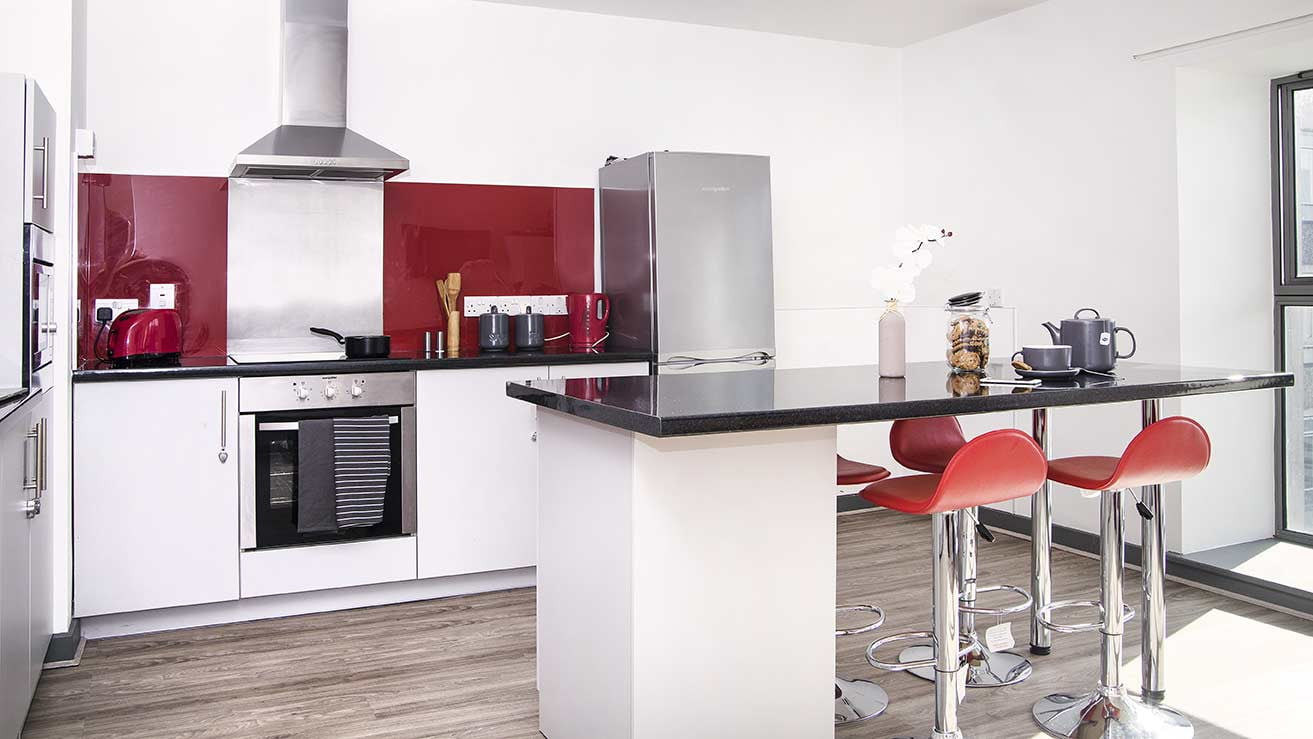 Luxury student accommodation in kingston upon thames for Right house
