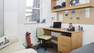Desk in Student Accommodation in Kingston